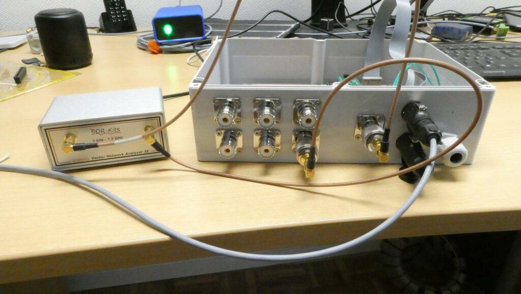 Antennenumschalter im Gehäuse, Meßaufbau