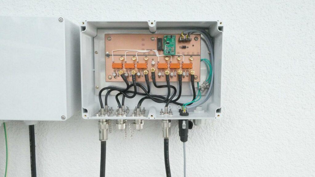 Antennenumschalter fertig installiert